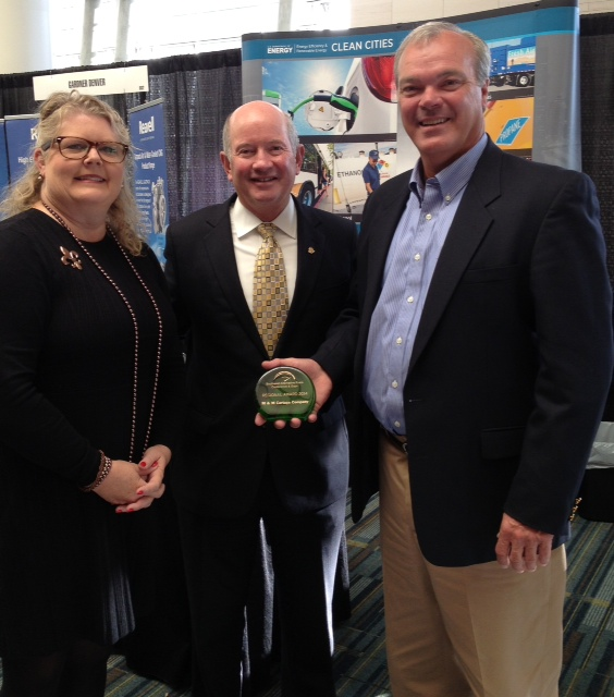 From Left: Melissa Howell, KCFC Executive Director, General Duncan McNabbUSAF, Commander,US Transportation Command, and Don Hayden, M&M Cartage,Louisville receiving Regional Leadership Award